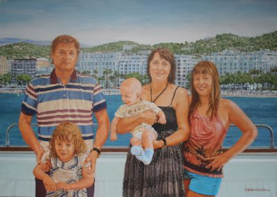 Famille à l'arrière d'un yacht